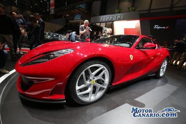 Ferrari exhibe su modelo más potente jamás fabricado, el 812 Superfast.