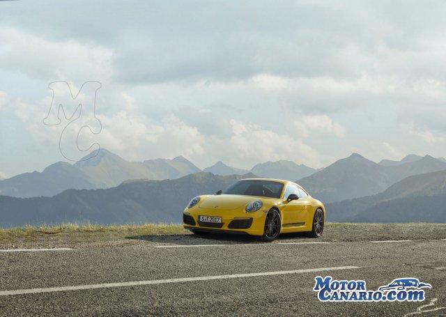 Porsche 911 Carrera T: con doble turbo.