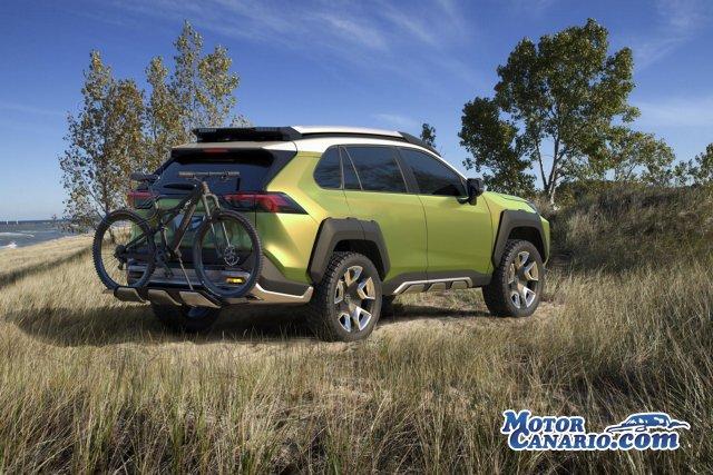 Desenfadado concepto de Toyota presentado en Los Ángeles.