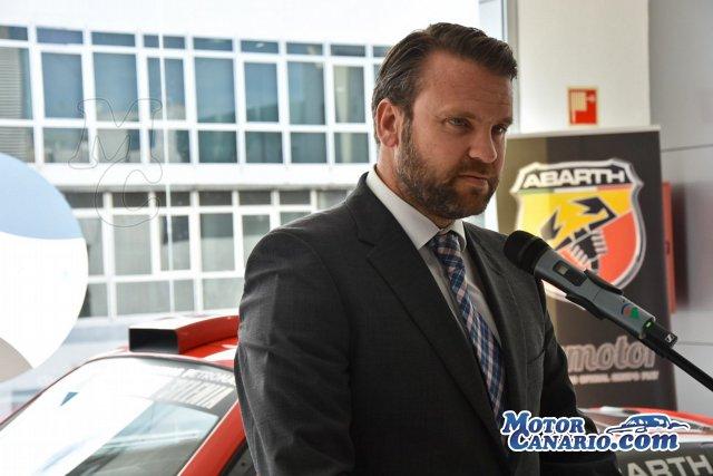 Espectáculo y diversión a cargo del Abarth 124 Rally.