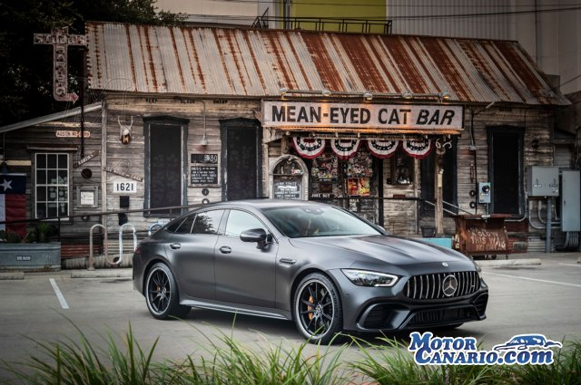 Mercedes-AMG ofrece con el nuevo GT 4 puertas otra opción más.
