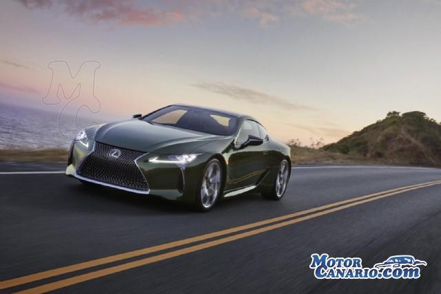 Lexus actualiza el LC 500h a nivel tecnológico.