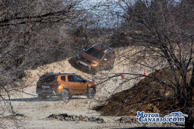 Contacto: Dacia Duster GLP.