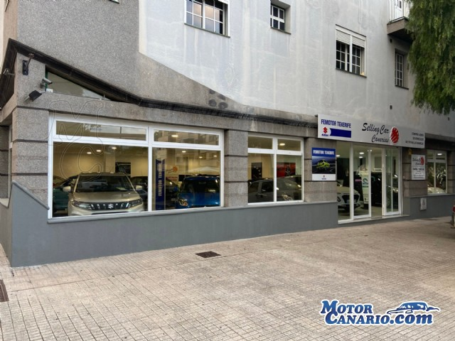 Selling Car Canarias abre nueva exposición en el centro de La Laguna.